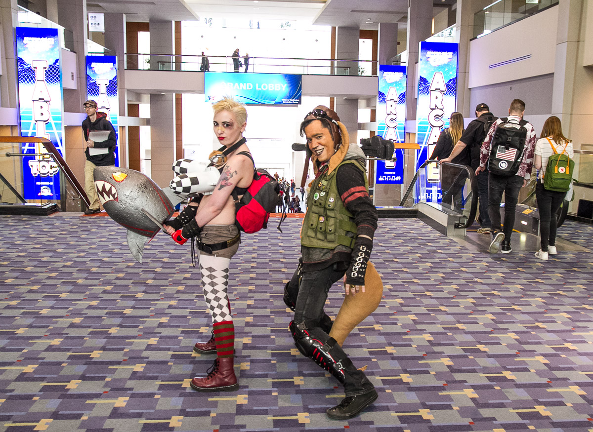 Tank-Girl and Booga