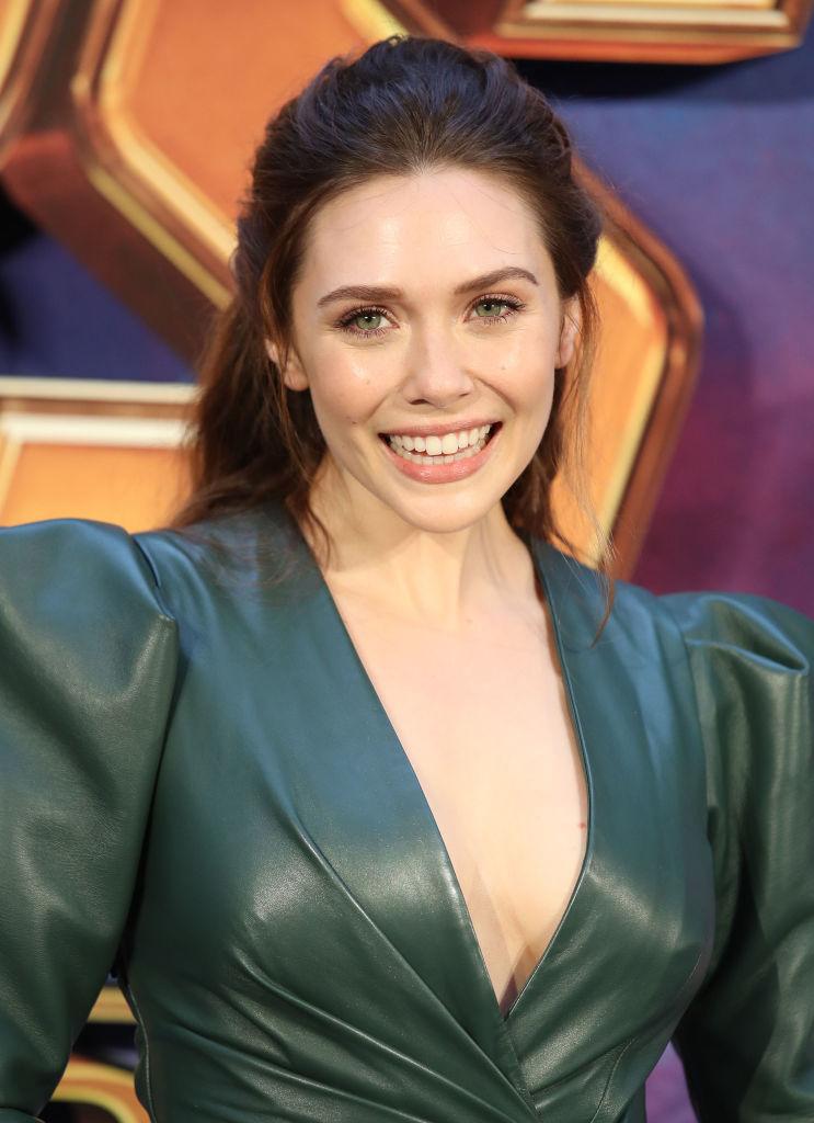 Elizabeth Olsen Stuns in Green Dress at Avengers: Infinity ...
