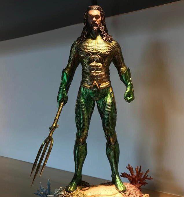 "Aquaman ""Leaked"" Costume - Warner Bros."