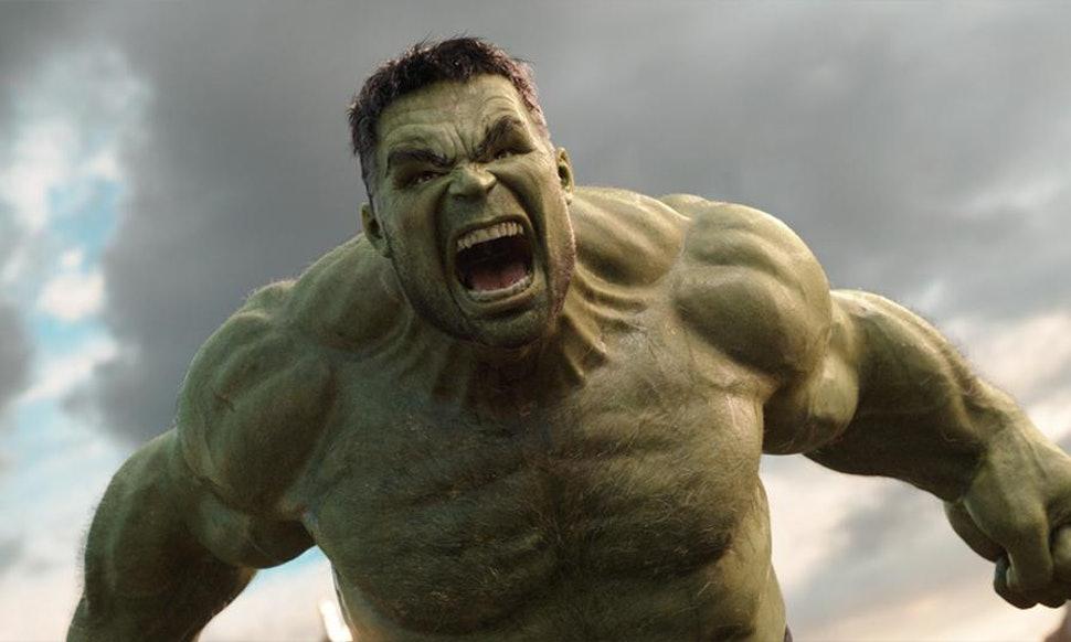 "Incredible Hulk Comic Art Face Image 3"" Round Refrigerator ...  |Incredible Hulk Face Avengers"