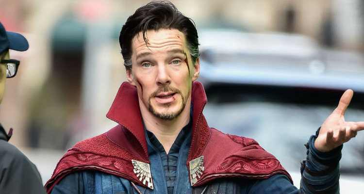 avengers: infinity war star benedict cumberbatch rescues cyclist