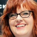 Gail Simone Apologizes to Trans Community For Plastic Man #3!