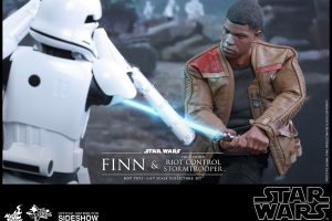 Hot Toys Finn and First Order Riot Control Stormtrooper