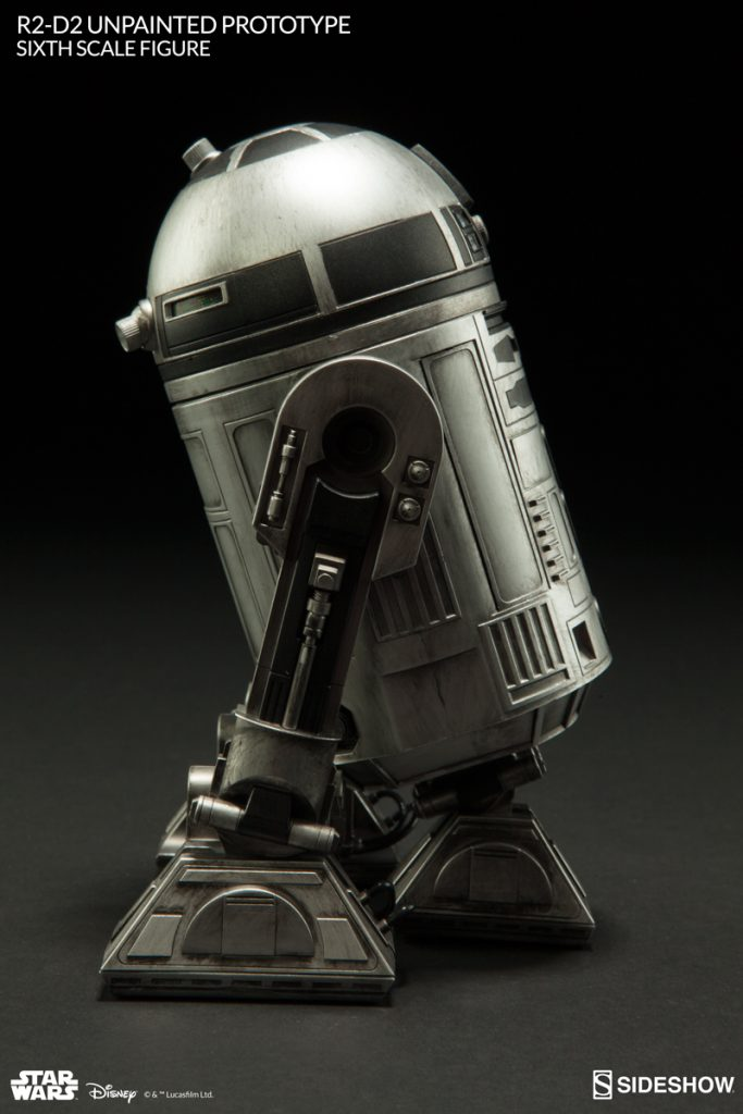 Sideshow Collectibles R2-D2 Monochromatic Silver Convention Exlusive