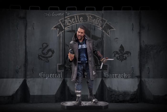 Suicide Squad Captain Boomerang Statue